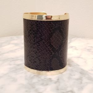 NWOT JewelMint Gold and Snake Skin Cuff Bracelet